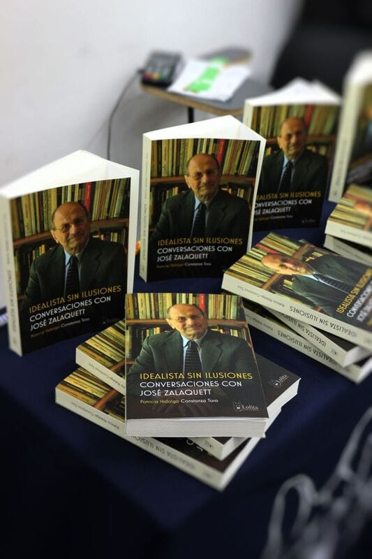 """El miércoles 14 de junio, se realizó el Conversatorio del libro """"Idealista sin Ilusiones. Conversaciones con José Zalaquett"""""""