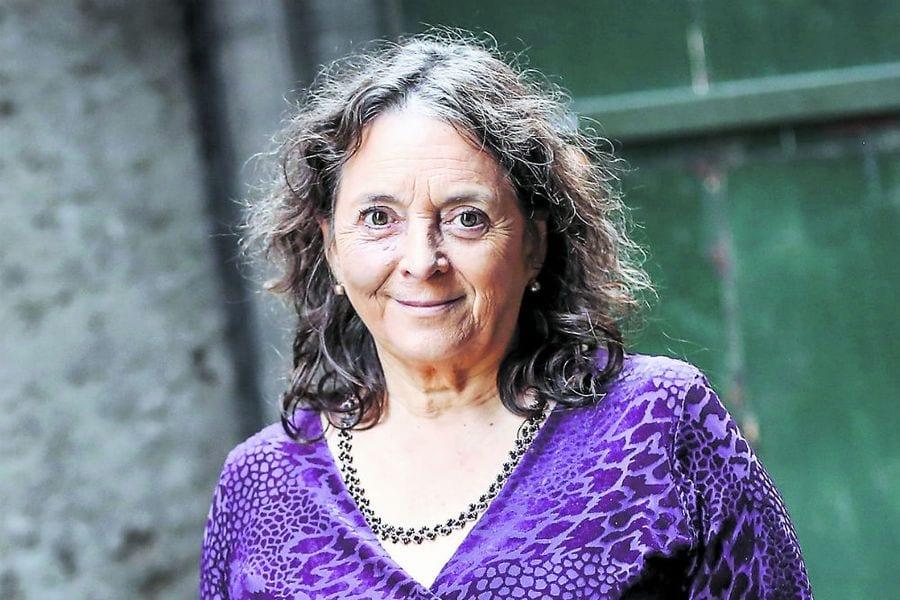 Elizabeth Lira, premio nacional de ciencias sociales, participó en Diálogos de ReConstitución